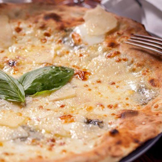 pizza quattro formaggi delivery berceni