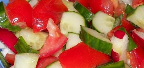 salata de rosii si castraveti